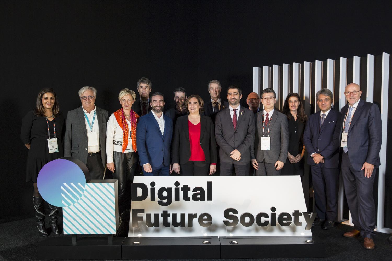 Que ens espera a la societat amb la digitalització dels serveis i la indústria?