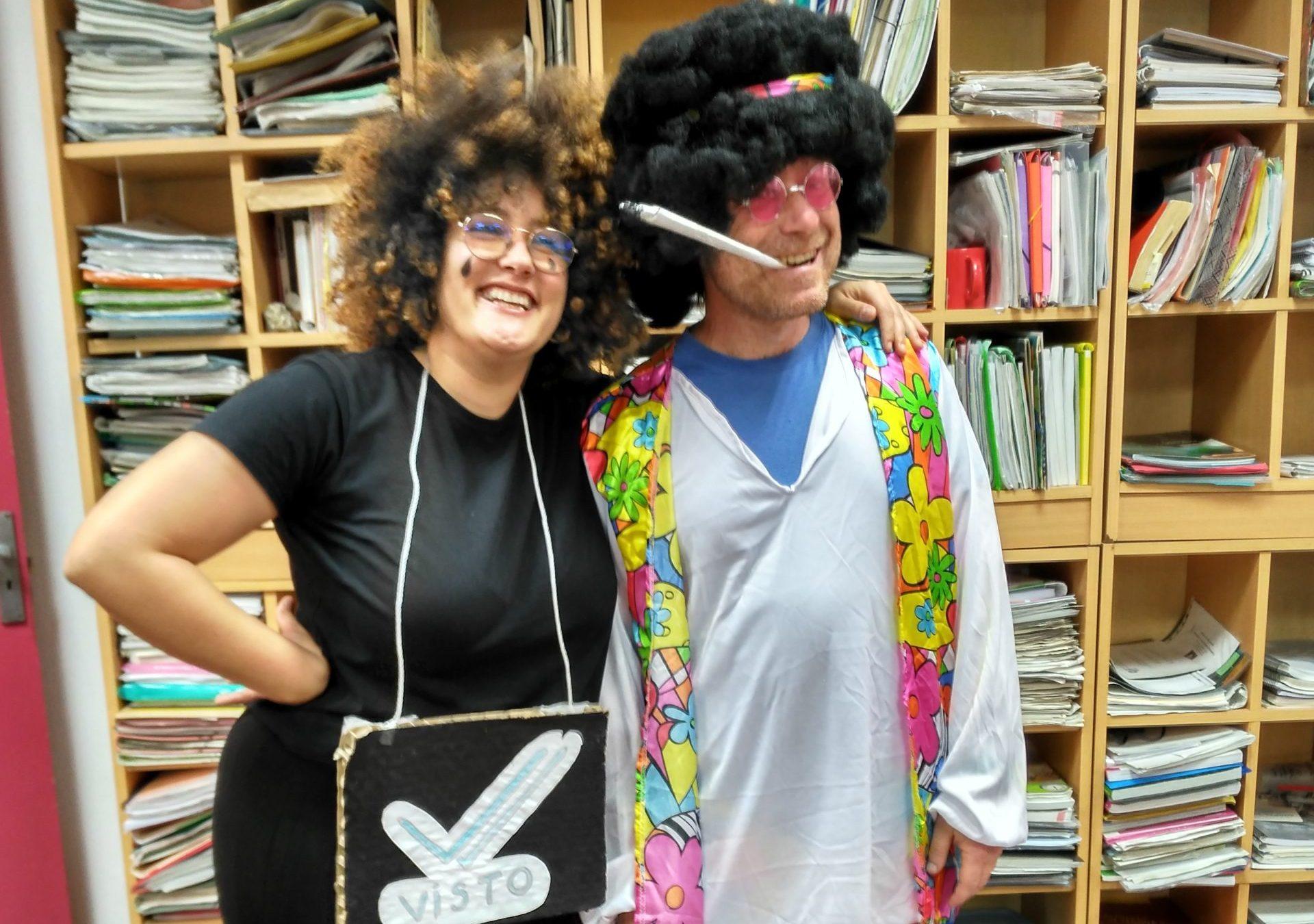 Qui son aquests dos hippies?